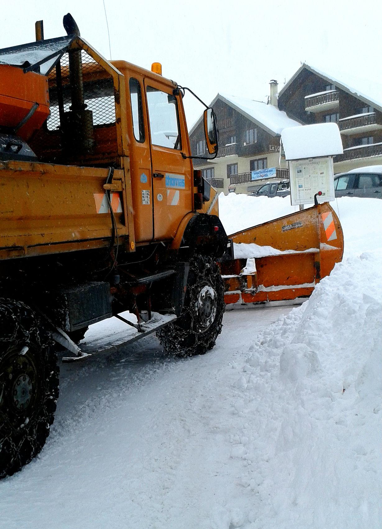 GPS versus snow storms in Canada