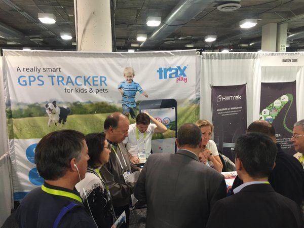 Trax Play GPS tracker at CES